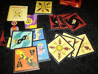 Gran cantidad de cartas para muchos jugadores