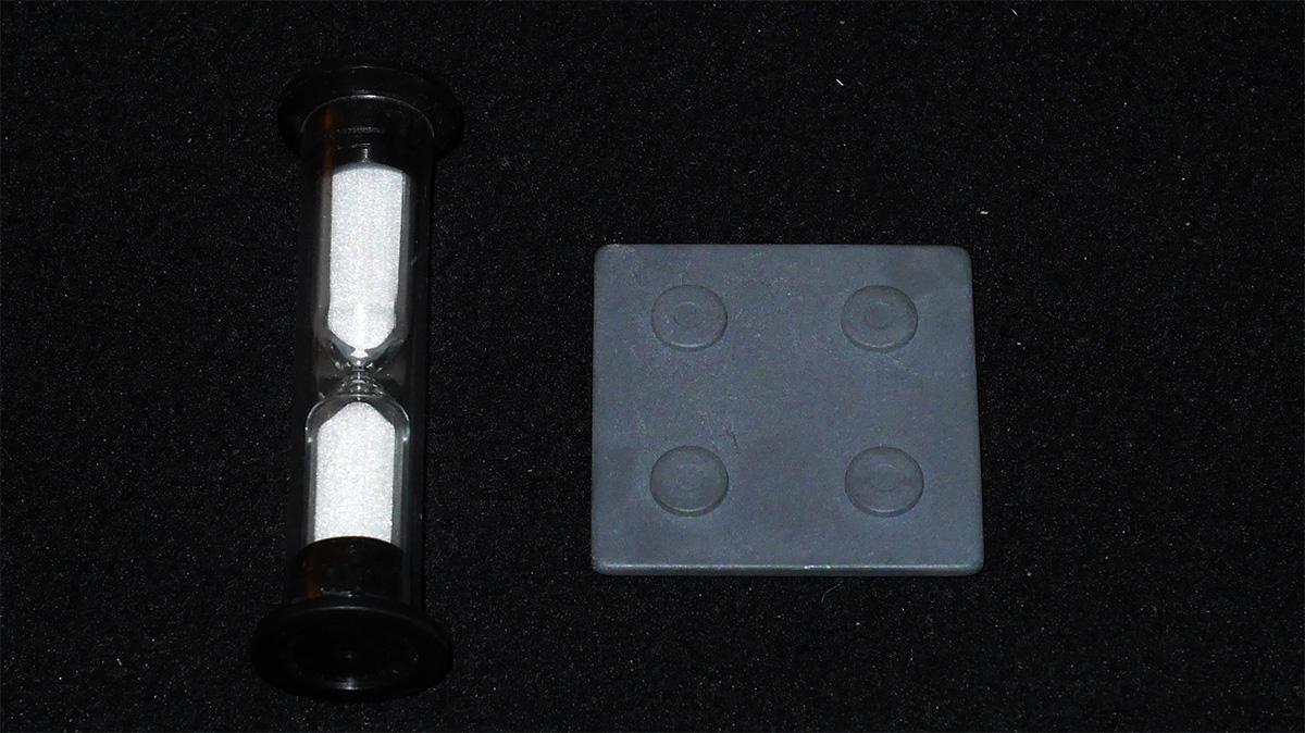 Reloj y Pieza de Conexión del Tablero